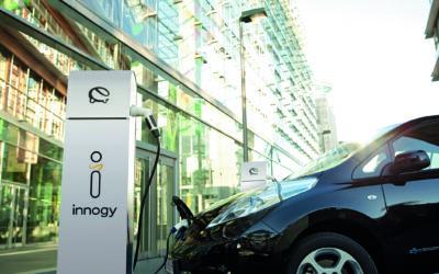 Elektromobil in der Großstadt