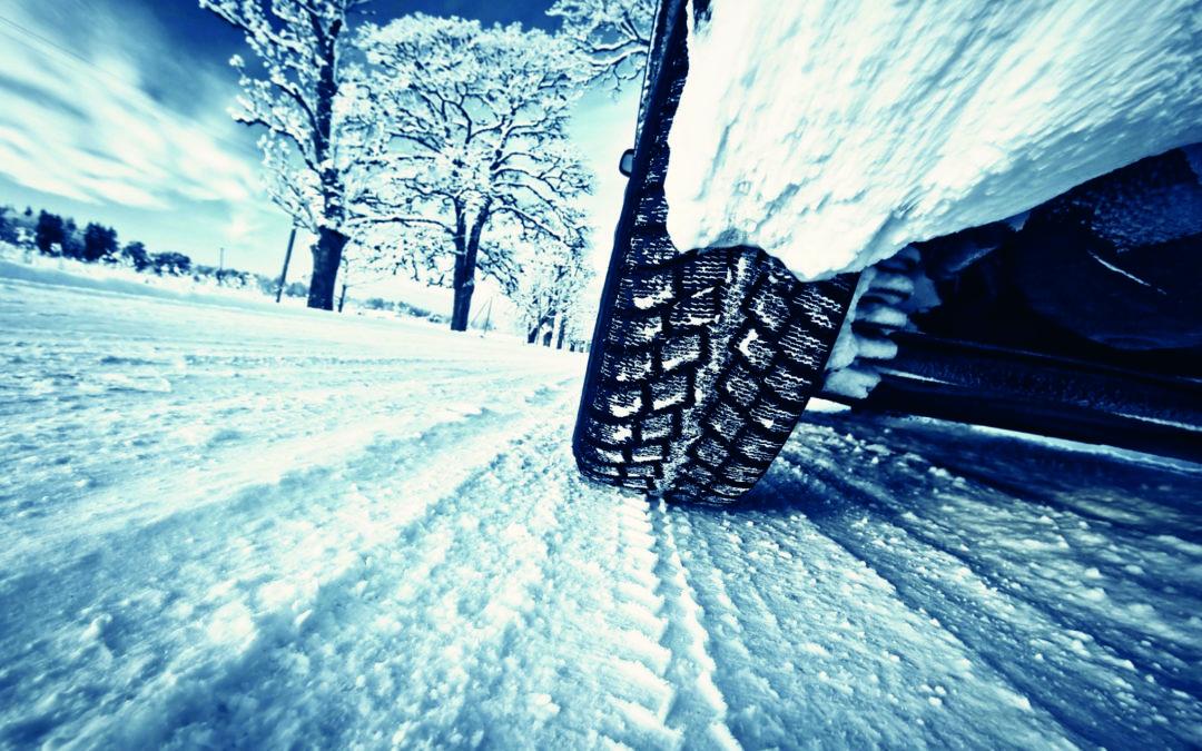 Achtung bei Winterreisen: Mietwagen nur mit Winterreifen